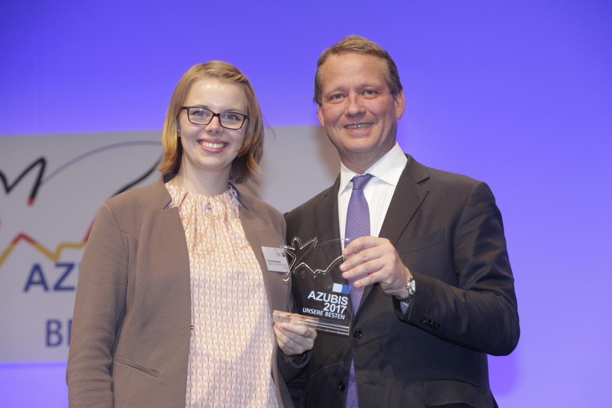 Theresa Wiegang und Dr. Eric Schweizer
