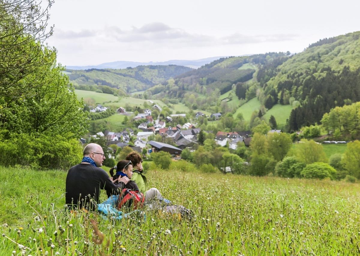 Wanderer vor Medebach-Titmaringhausen