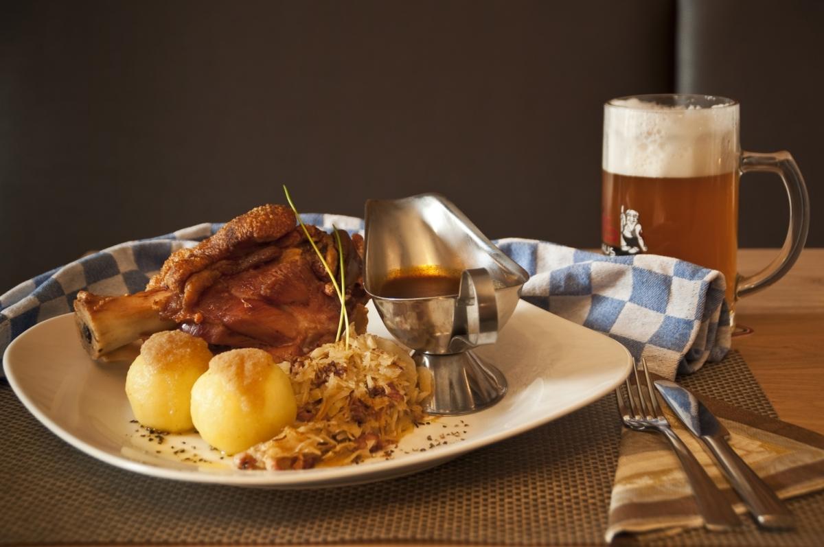 Deftiges Essen und Bier Trolls Brauhaus Medebach